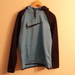 Nike sweatshirt large